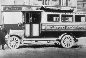 (3) 1911 1 Autobus
