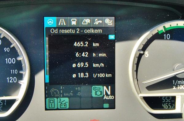 Rekordně nízká spotřeba 18,3 l/100 km naměřená u u autobusu Setra S 515 HD (foto: Zdeněk Nesveda)